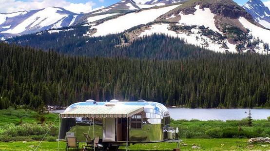 Airstream adventures - honeymoons