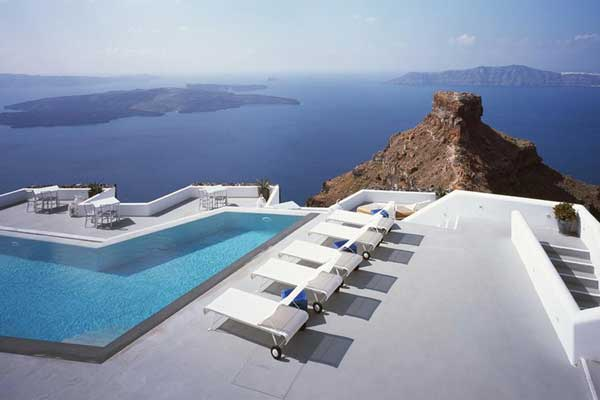 11 Incredible Pools To Dive For