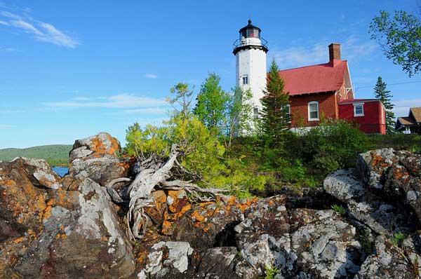 Eagle_Harbor_Lighthouse_Michigan