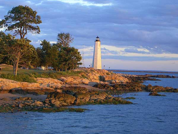 Lighthouse_Point_NewHavenCT