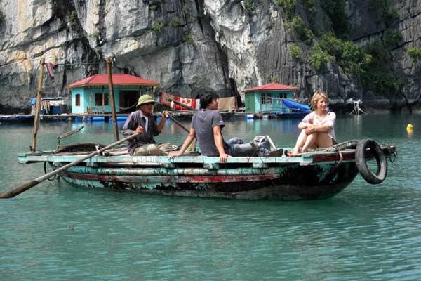 Samantha-Brown-Thailand-Boat