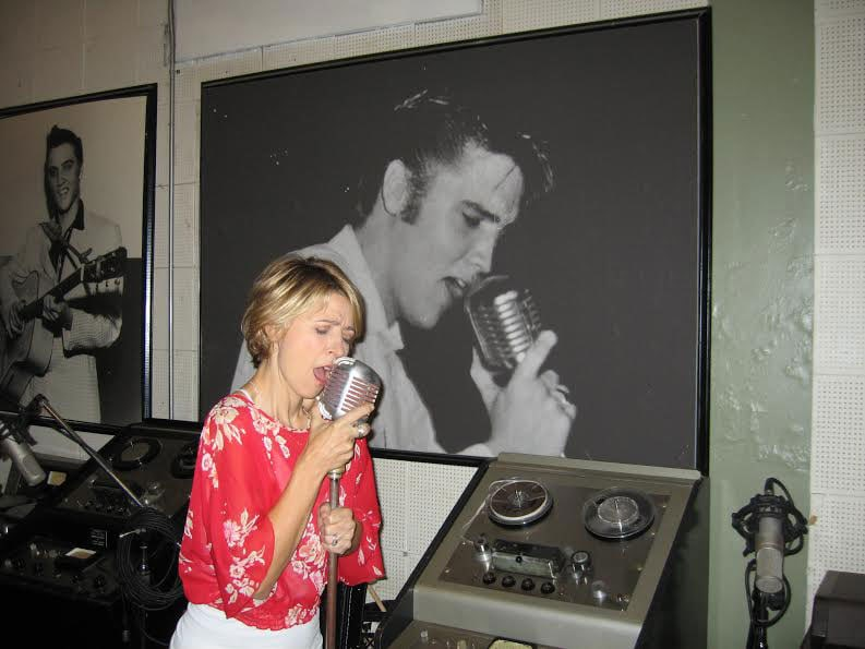 What It's Like To Visit Sun Studios In Memphis