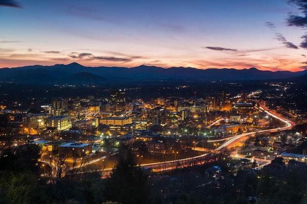 crafter_lover_destination_Asheville-Winter-Skyline