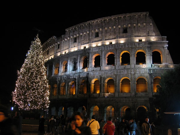 4 of the World's Most Incredible Christmas Celebrations