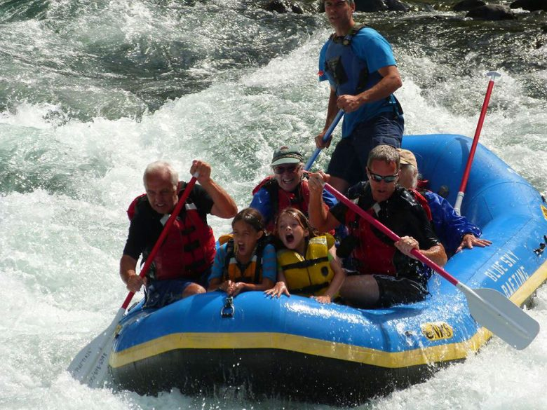 clackamas river white water rafting