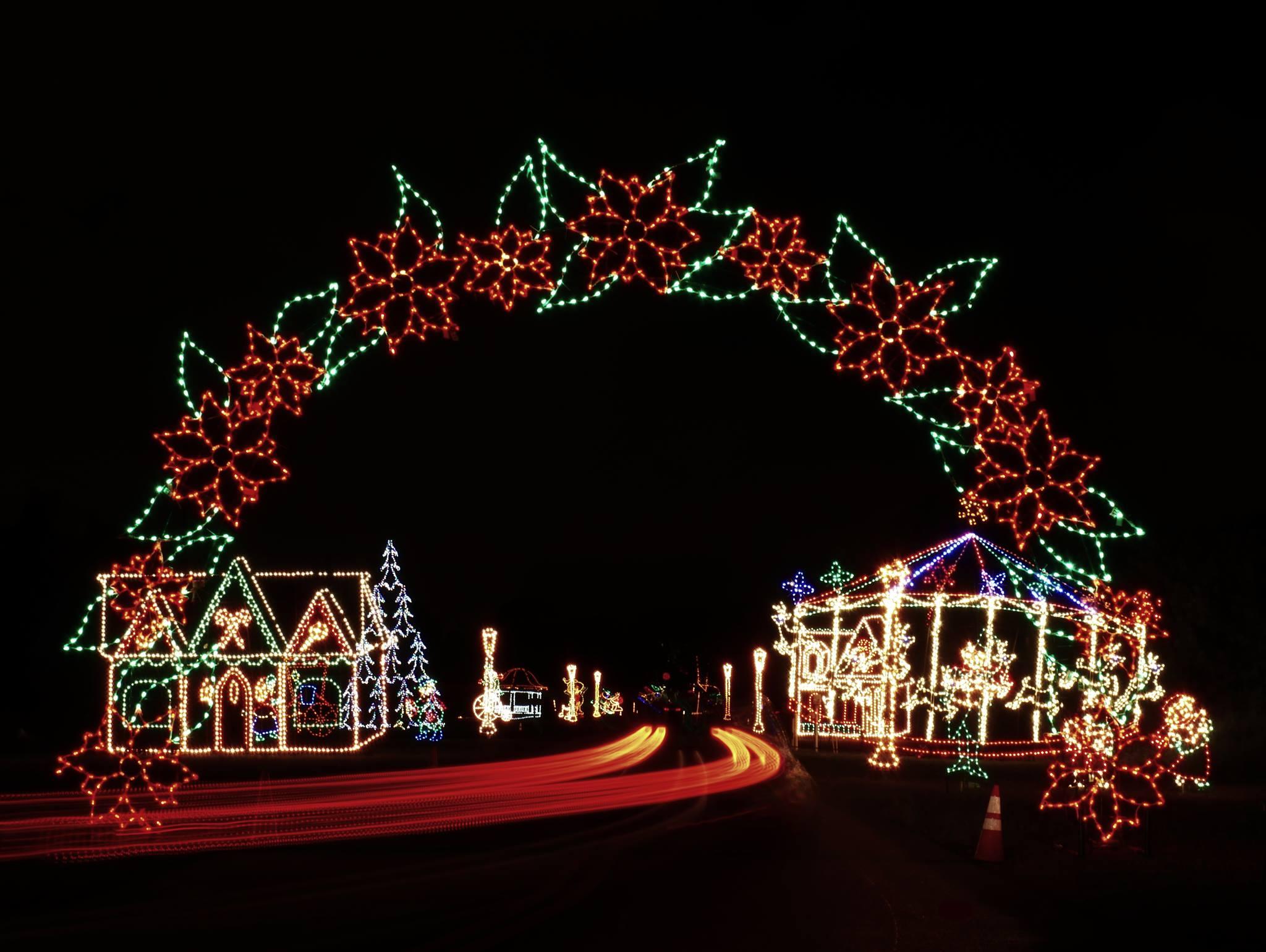 CHristmas Drive thru lights
